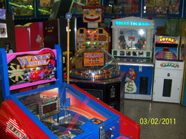 Daytona Beach Boardwalk Featuring Joyland Amut Center Mardi Gras Fun Pizza King Lisa S Gift